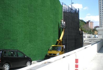 Применение покрытия из искусственного покрытия для стен