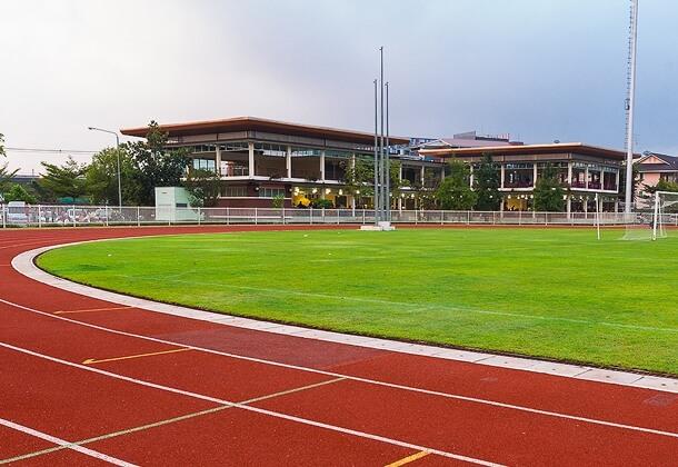 Строительство площадки для легкой атлетики